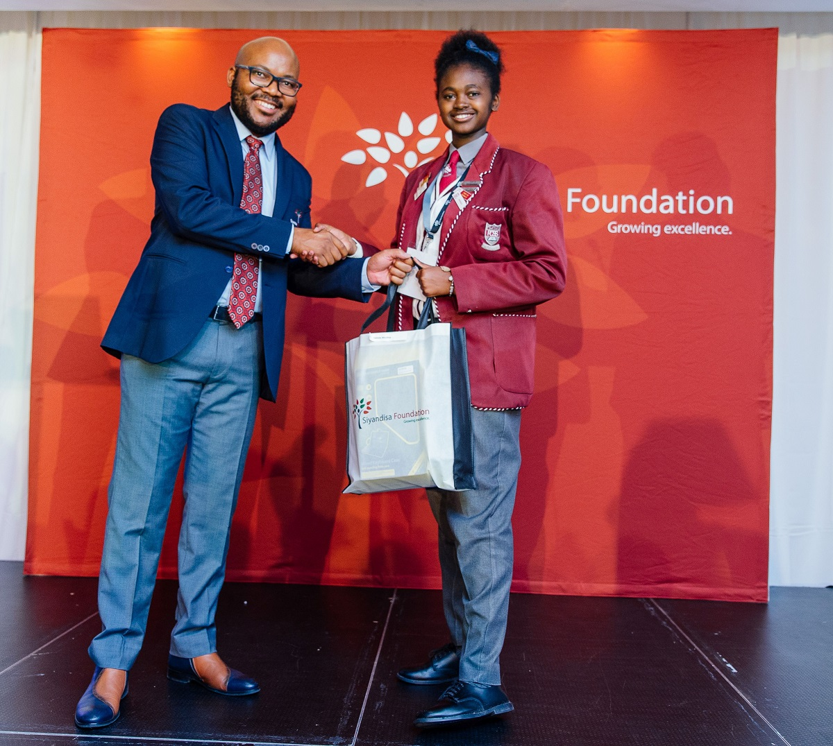 2018 Siyandisa Foundation Scholarships awarded to 50 top black matriculants from across South Africa